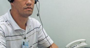 Operador da central de doações